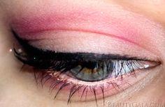 Valentine's Day eye makeup <3
