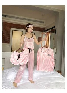 Satin Pyjama Set, Satin Pajamas, Pyjamas, Pink Silk Pajamas, Cute Pajama Sets, Cute Pajamas, Cute Sleepwear, Sleepwear Women, Silk Sleepwear