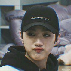 Oh my heart, my hearteu ♡ Drama, Yoo Seonho, Oh My Heart, Rapper, Cute Love Stories, Guan Lin, Lai Guanlin, Cute Poses, Kpop