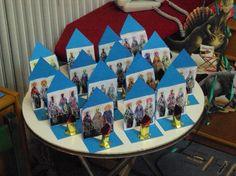 15ο Νηπιαγωγείο Γαλατσίου (ολοήμερο τμήμα): Οι τρεις Ιεράρχες Bible Activities, Love My Job, Winter Theme, Kindergarten, Preschool, Photo Wall, Education, Frame, Blog
