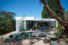 No not that White House. This renovation project by SJB in Rye, Victoria is designed to be a pl...