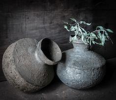 Oude Waterkruiken Uit Nepal Van Hoffz..