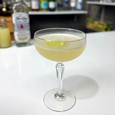The Airmail cocktail has a close resemblance to a French 75 with a few subtle differences; rum instead of gin & honey syrup in place a sugar syrup.