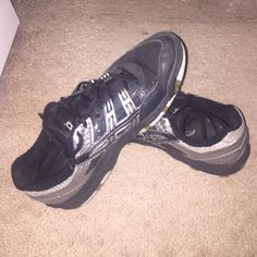 Asia Women GEL-Rocket 7 1/2 Volleyball Shoes They were worn for one season of volleyball so they are a little worn down but they are still in very good condition! asics Shoes Athletic Shoes