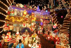 THANK YOU LORD GOD for Beautiful FUN Christmas lights decorating!!!  Even more Christmas house lights win!!!