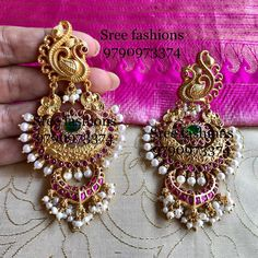 Looking for bold antique jewellery designs? Indian Jewelry Earrings, Indian Jewelry Sets, Jewelry Design Earrings, Indian Wedding Jewelry, Gold Earrings Designs, Ear Jewelry, Bridal Jewelry, Silver Jewelry, Diamond Jewelry