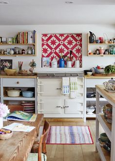 This dreamy Sussex cottage experiments with bold patterns and prints perfectly Quirky Kitchen, Kitchen Decor, Kitchen Design, Cheap Wall Decor, Cheap Home Decor, Quirky Home Decor, Decor Diy, Decor Ideas, English Cottage Kitchens
