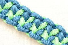 "Video Tutorial: Make the ""Indian Trail"" Paracord Survival Bracelet - @ParacordPlanet"