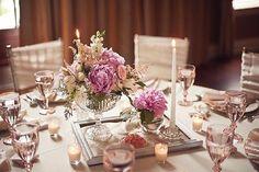 vintage wedding room decoration - Table Dinner Of Vintage Wedding Centerpieces Vintage Wedding Centerpieces, Wedding Table Centerpieces, Wedding Decorations, Table Wedding, Centerpiece Ideas, Bowl Centerpieces, Bridal Table, Wedding Vintage, Vintage Weddings