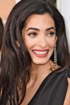 Amal Clooney's Golden Globes Debut – Must-Have Product: Charlotte Tilbury Wonderglow #THRBeauty