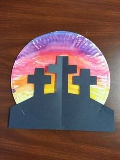 Easy Easter craft using a paper plate & black/brown construction paper, crayons