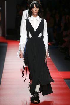 No. 21 Spring 2016 Ready-to-Wear Fashion Show - Jamie Bochert