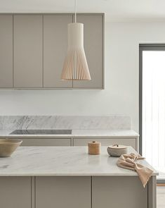 Our most popular in frame kitchens. All made with nordic design in mind. A minimalist and bespoke kitchen interior, produced in our carpentry in Sweden. Marble Floor Kitchen, Beige Kitchen, Nordic Kitchen, Scandinavian Kitchen, Kitchen Flooring, Kitchen Tile, Marble Interior, Kitchen Interior, Home Interior