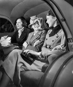 1940'S Women Fashion Styles | 1940′s Fashion – Women's Dress Code in the War Years.