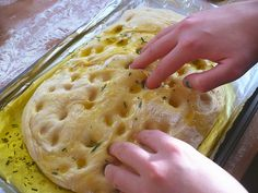 FOCACCIA: 5 cups Bread flour 2 teaspoons salt 2 teaspoon instant yeast 6 tablespoons olive oil 2 cups room temperature water cup + cup of herb oil (oil gently warmed with garlic and herbs) Homemade Focaccia Bread, Focaccia Bread Recipe, Homemade Breads, Bread Recipes, Cooking Recipes, Scd Recipes, Good Food, Yummy Food, Bread And Pastries