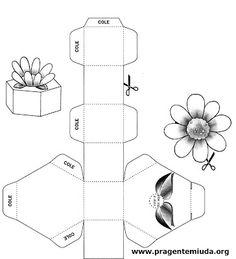 Molde de caixinha com flor para a mamãe | Pra Gente Miúda