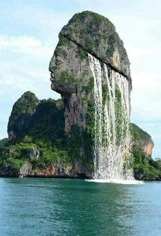 Anna Hills on, On an island located in Phang Nga Bay in Thailand. Beautiful Places To Visit, Wonderful Places, Beautiful World, Wonderful Flowers, Beautiful Islands, Beautiful Waterfalls, Beautiful Landscapes, Amazing Nature, Beautiful Nature Photos