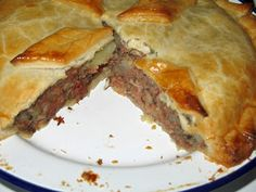 The Happy Housewife: Corned Beef Pie - The Happy Housewife: Corned Beef Pie - . - The Happy Housewife: Corned Beef Pie – The Happy Housewife: Corned Beef Pie – - Corned Beef Pie, Homemade Corned Beef, Beef Pies, Corned Beef Recipes, Pistolettes Recipe, Welsh Recipes, English Recipes, British Recipes, Pizza
