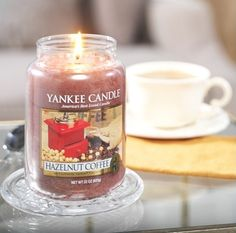 """Yankee candle - Bougie """"Hazelnut Coffee"""" #home #contemporary #deco"""