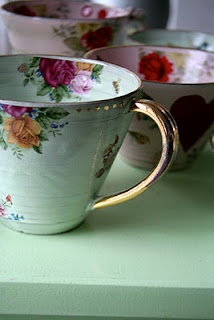 teacups teacups teacups. I just love em.