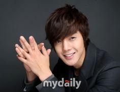 'K-Pop Stars Captivating the World' to follow around Hallyu star Kim Hyun Joong #allkpop