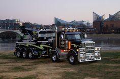 Doug Yates Towing & Recovery, Chattanooga TN - Peterbilt 388 Twin Steer w/ Century 75 ton rotator Custom Big Rigs, Custom Trucks, Cool Trucks, Big Trucks, Semi Trucks, 6x6 Truck, Towing And Recovery, Tow Mater, Automobile