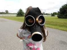 How to make a mask. Empty Child Gas Mask - Step 9
