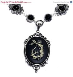 Neo Victorian Steampunk Goth Jewelry  di CatherinetteRings su Etsy, $60,00