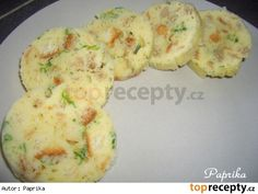 Knedlíky houskové hrnečkové, vařené v mikrovlnce Snack Recipes, Cooking Recipes, Snacks, Czech Recipes, Ethnic Recipes, Bread Dumplings, Gnocchi, I Love Food, Microwave