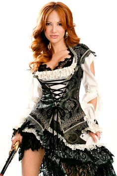 Pirate Costume.  Oooh this would look great on my friend Jessica!  She likes to dress up for Halloween parties... must share!