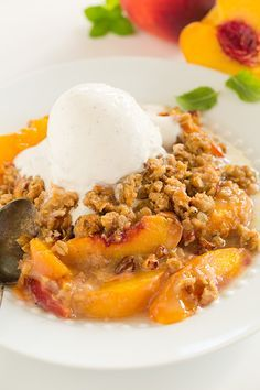 Peach Crisp (the BEST!) - this is the ultimate peach crisp recipe! It has the perfect amount of everything and the perfect peach to crumble ratio.