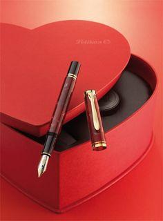 Special Edition Pelikan fountain pen Souverän M320 Ruby Red
