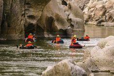 """""""River tubing"""" y rápel, alternativas de turismo que ofrece occidente de Honduras. http://www.laprensa.hn/honduras/1164587-410/river_tubing-rapel-turismo-honduras-copan-semana_santa-verano-"""