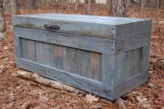Turquoise Hope Chest / Toy Box Reclaimed Pallet/ Storage Solution
