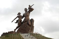 Le Monument de la Renaissance africaine - African Renaissance Monument - Wikipedia, the free encyclopedia