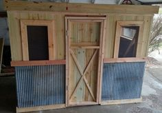 The Recycled Chicken Coop Pallet Project