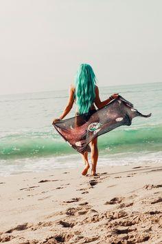 Lady Scorpio   @Ladyscorpio101 ☽☽ ladyscorpio101.com ☆ Alexa Halladay // Mermaid Hair & Festival Fashion ᐃ Dancing with my Moon Scarf ☽☽☽☽