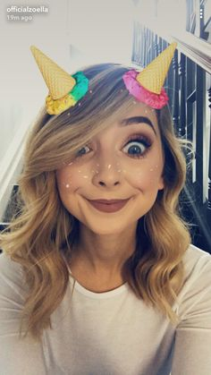 WE ARE NOT ZOE. Please read our faq before sending a message // ask and faq Sugg Life, Zoella Hair, Zoe Sugg, Ricky Dillon, Vlog Squad, Joey Graceffa, Jc Caylen, Tyler Oakley, Phil Lester