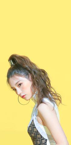 K Wallpaper, Lock Screen Wallpaper, Wallpaper Ideas, Asian Celebrities, Aesthetic Wallpapers, Kpop Girls, My Girl, Idol, Actresses