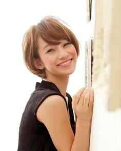 幸せショート☆|LuLu|(ルル)|美容室・美容院 - ヘアカタログLucri(ラクリィ)|最新のヘアスタイル・髪型情報を紹介