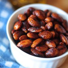 Pin for Later: 21 People Who Took Their Love For Sriracha to Extreme Levels Spicy Roasted Almonds With Sriracha Roasted Almonds, Spicy, Beans, Appetizers, Snacks, Vegetables, Food, People, Toasted Almonds