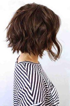 coupe de cheveux carré court, cheveux chatain