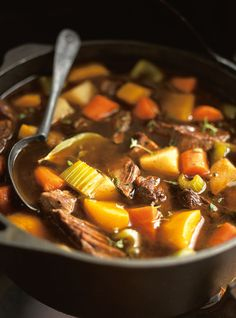 Beef Stew with Pumpkin and Vegetables (The Wicked Witch Beef Stew) Recipes Witches Stew Recipe, Pumpkin Recipes, Fall Recipes, Beef Lasagne, Pork Recipes, Healthy Recipes, Cocina Natural, Soups And Stews, Carne