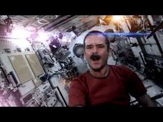 Space Oddity - Canadian Astronaut Chris Hadfield (David Bowie Space Cover)