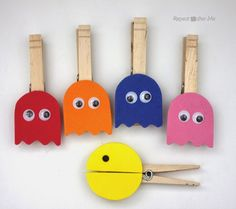 Pacman Clothespins - Repeat Crafter Me Crafts For Teens To Make, Summer Crafts For Kids, Spring Crafts, Projects For Kids, Crafts To Sell, Art For Kids, Diy And Crafts, Retro Crafts, Wooden Crafts