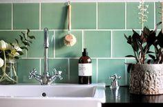 Ingen vanlig dag - eller en helt vanlig... Tiny Spaces, Home Kitchens, Sink, Bathrooms, Bathroom, Mosaic, Toilets, Vessel Sink, Sink Tops