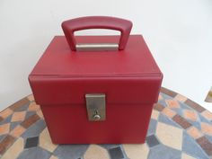 "Original circa 1970 7"" 45 rpm Vinyl Record Storage Box. Plum Red (plastic/vinyl) Handle working clasp but no Key. by VintageFoggy on Etsy"