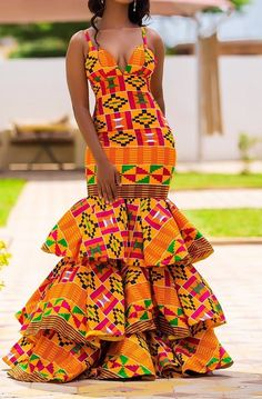 African print dress African print dress - Women's style: Patterns of sustainability African Party Dresses, Long African Dresses, African Print Dresses, African Print Fashion, African Fashion Dresses, African Attire, African Wear, African Wedding Attire, Dashiki Shirt
