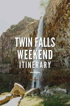 Looking for incredible things to do in Twin Falls, Idaho? We're sharing all the best places to visit in South Idaho, including Idaho hot springs, canyon hikes, paddleboarding, cave exploring, and so much more! Click here to get your downloadable Idaho weekend itinerary here! #idaho #twinfalls #outdoors