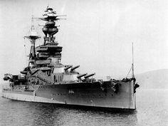 In de nacht van 13 op 14 oktober wordt het Britse slagschip HMS Royal Oak getorpedeerd door U-boot U-47 van commandant Günther Prien in Scapa Flow, de thuishaven van de Royal Navy. De Royal Oak zinkt in dertien minuten en 833 Britse marine soldaten komen om het leven.